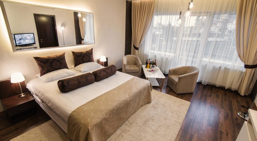 STANDARD SUPERIOR DOUBLE ROOM 4*